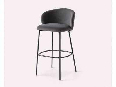"""Pusbario kėdė """"Tuka"""""""